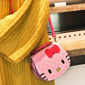 Tas Selempang Hello Kitty GJT273 Warna Sof Pink