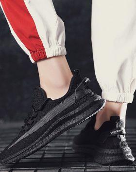 Sepatu Pria Sneakers Cowok Sepatu Olahraga Hitam Polos