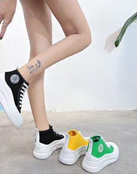 Sepatu Sneakers Import Wanita Harga Murah