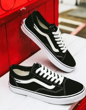 Sepatu Sneakers Old School Import