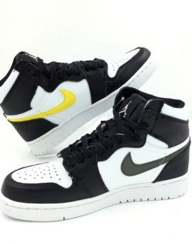 Sneakers Sepatu Pria Asli Import Terbaru Harga Murah