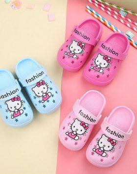 Sandal Anak Perempuan Hello Kitty Tertutup