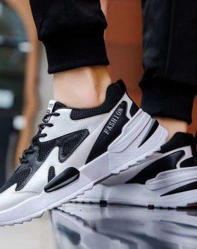 Sepatu Sport Fashion Pria Terbaru 1