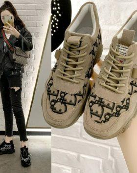 Sneakers Wanita Sepatu Import