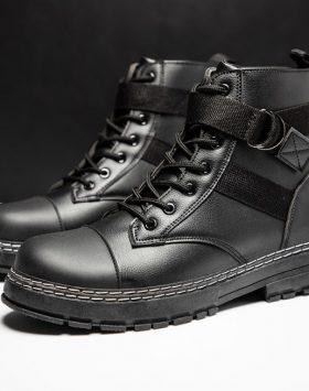 Sepatu Pria Boots Tinggi Warna Hitam Import
