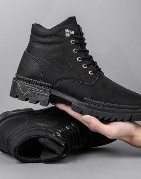 Sepatu Pria Boots Tinggi Warna Hitam Terbaru Murah