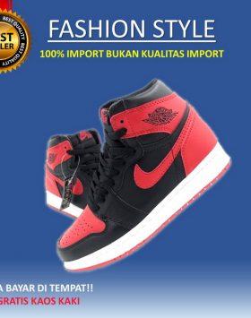 Sepatu Pria Keren Sneakers Branded Murah